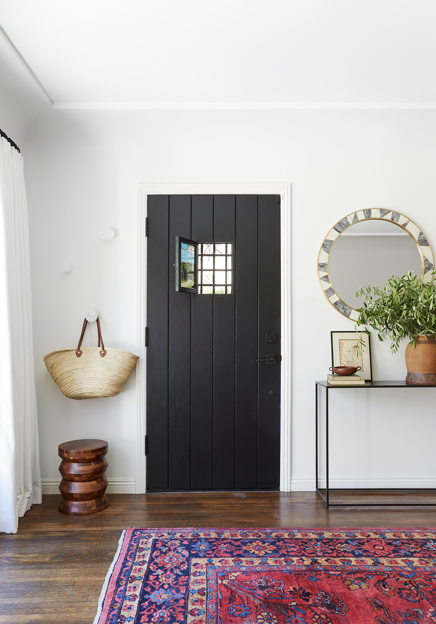 A Quick Foyer Makeover